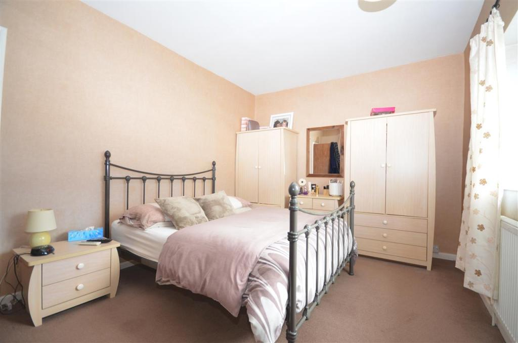 Master Bedroom Cont.