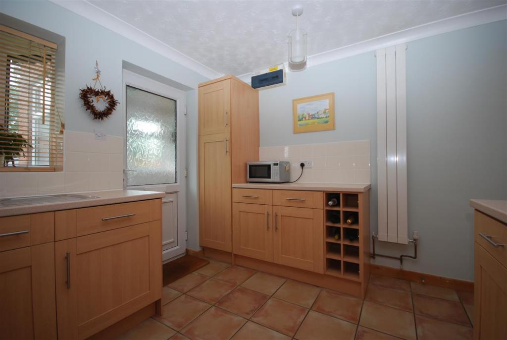 Kitchen continued