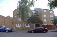 2 bed Flat for sale in Belgrave Road, HOUNSLOW...