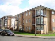 1 bed Ground Flat for sale in Blackburn Way, HOUNSLOW
