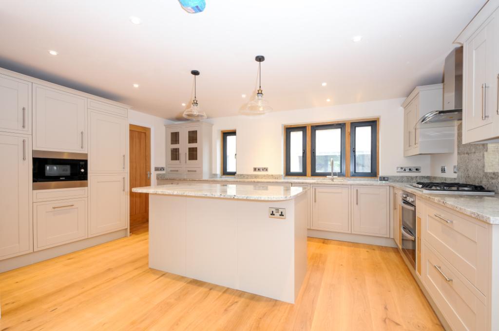 4 bedroom detached house for sale in vicarage street for Bedroom furniture yeovil