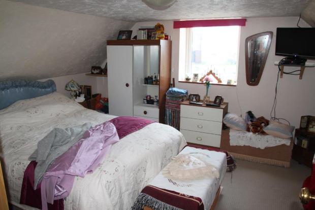 Annex Bed 1.JPG