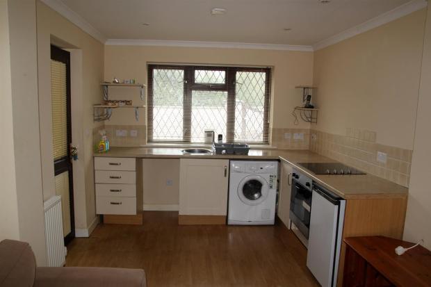 Kitchen Annexe 2.JPG