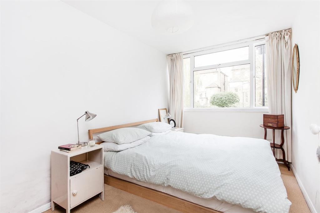 2 Bedroom Flat For Sale In Arbor Court London N16