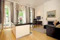 Flat in Westbourne Terrace, W2