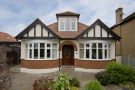 Bungalow to rent in Grand Avenue, Surbiton...