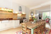 1 bedroom Apartment in Talbot Road, W2