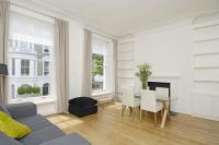 Apartment to rent in Campden Hill Gardens, W8