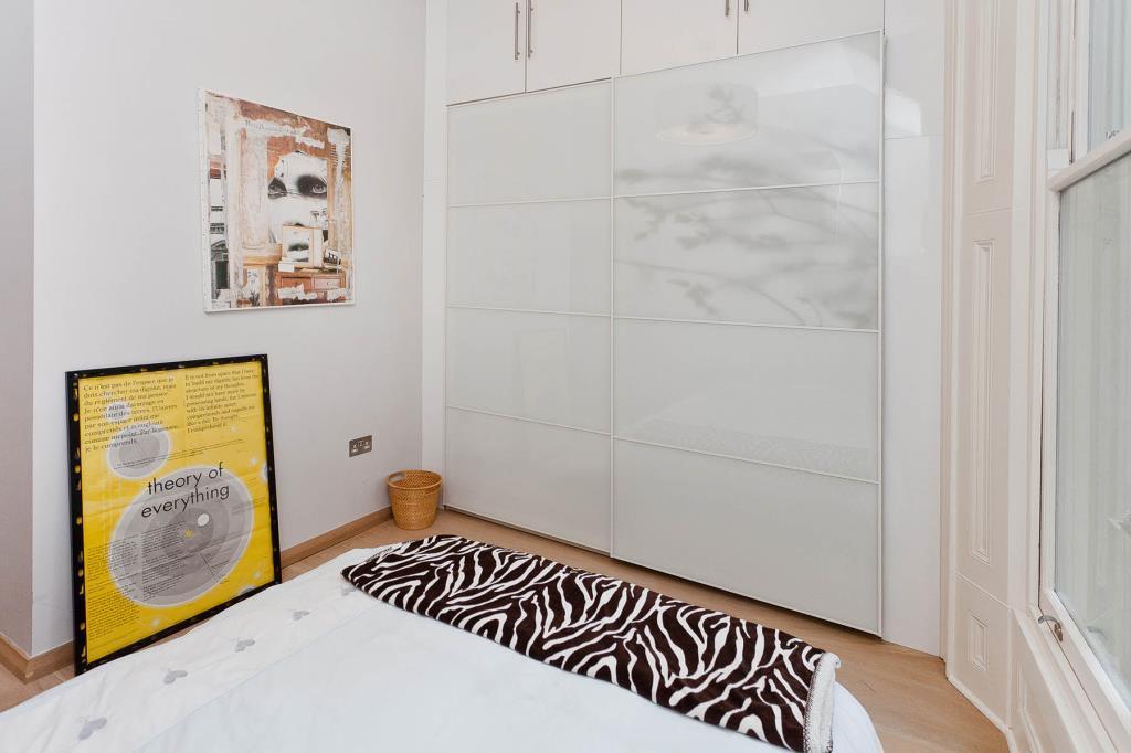 Bedroom 2 (shot 3)