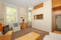 Apartment in Kildare Gardens, W2