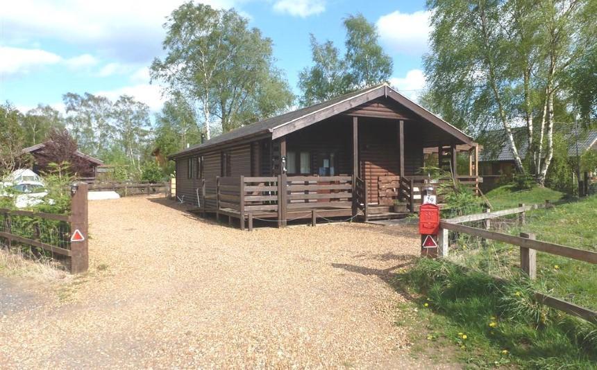 3 Bedroom Log Cabin For Sale In Pentney Lakes Pentney