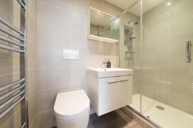 Bathroom 1 - Copy.jp