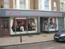 Shop to rent in Western Road...