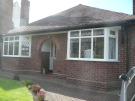 2 bedroom Detached Bungalow in Kingsway, Frodsham, WA6