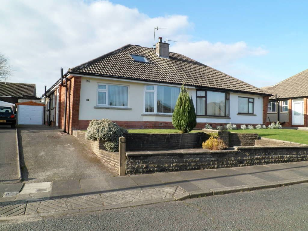 2 Bedroom Semi Detached Bungalow For Sale In Harewood