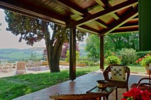 Country House in Le Marche...