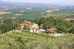 Detached house for sale in Tuscany, Siena...