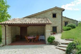 Farm House for sale in Le Marche, Macerata...
