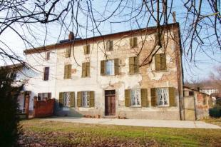 Farm House for sale in Piedmont, Alessandria...