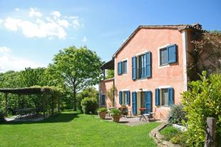 6 bed Farm House in Tuscany, Siena...