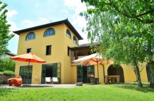 house for sale in Canelli, Asti, Piedmont