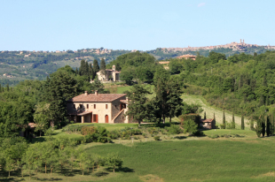 Umbria Farm House for sale