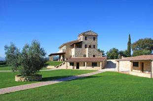 11 bed Farm House for sale in Umbria, Terni, Narni