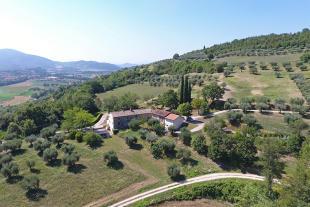 Villa for sale in Corciano, Perugia, Umbria