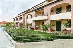 2 bedroom Apartment in Tuscany, Livorno...