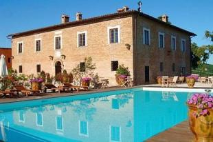 Villa for sale in Le Marche...