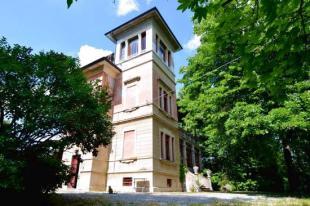4 bedroom Villa for sale in Emilia-Romagna, Piacenza...