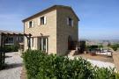 Detached house in Le Marche, Macerata...
