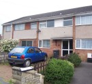 Terraced home to rent in Nevalan Drive...