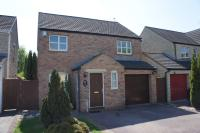 Detached home to rent in Goldcrest Way, Bicester