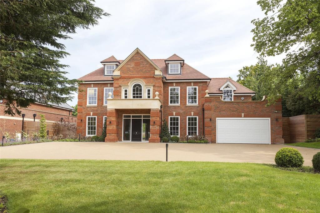 7 bedroom detached house for sale in birds hill rise for 7 bedroom house for sale