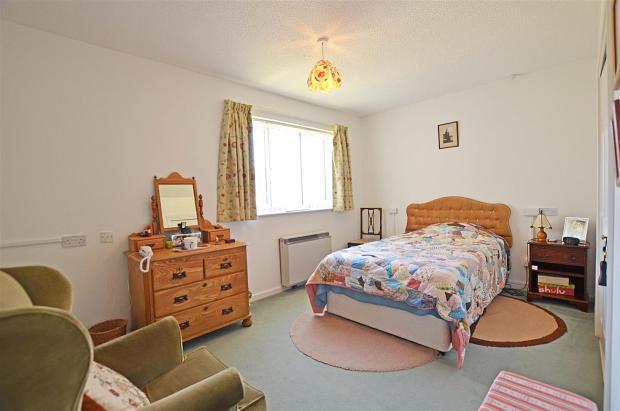 5 SharctCott Bedroom