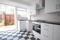 1 bed house in Gowrie Road, London, SW11