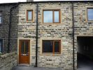 Cottage to rent in Bradford