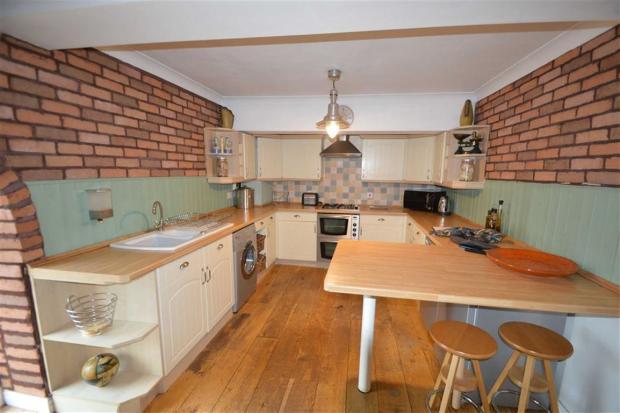Open Plan kitchen /d