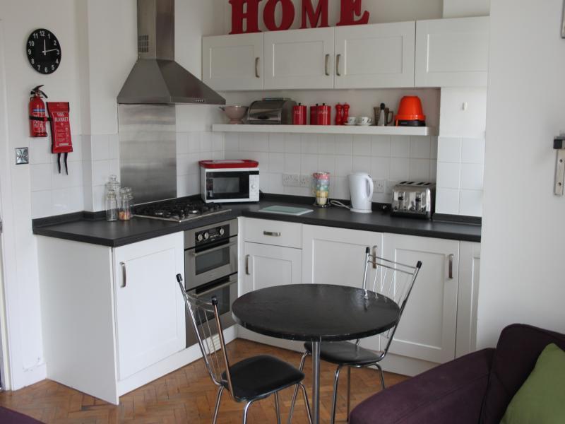 1 Bedroom Flat To Rent In Grosvenor Park London SE5 SE5