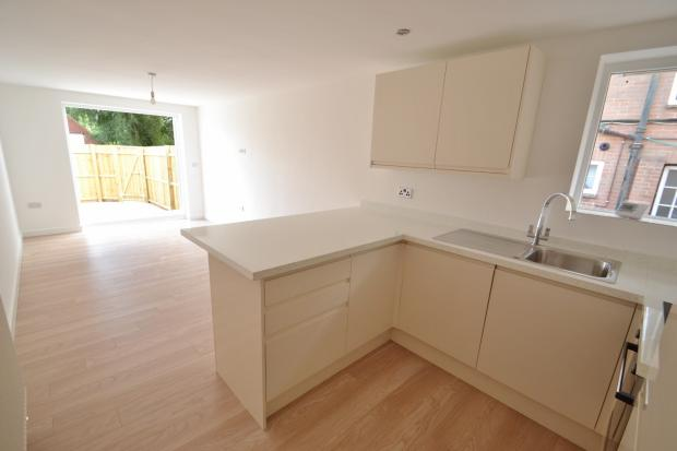 Open plan kitchen/si
