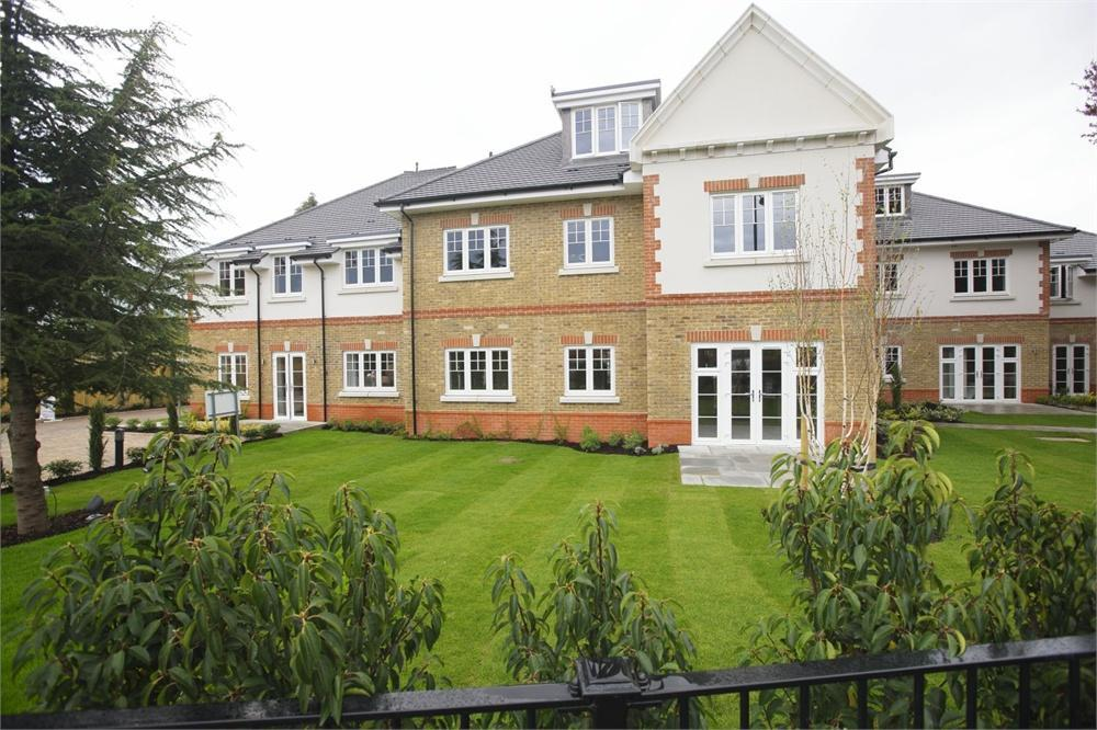 2 bedroom apartment for sale in grangewood place cookham road maidenhead berkshire sl6