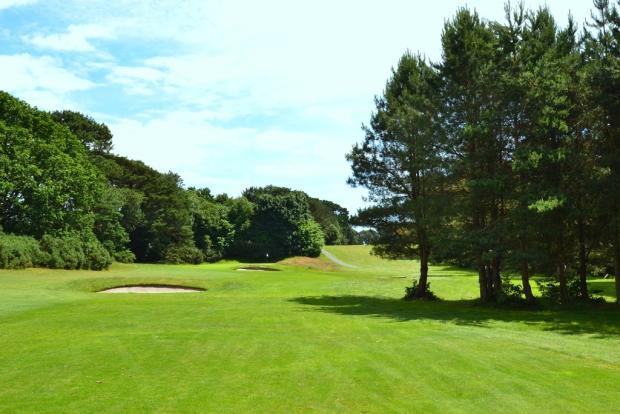 Neighbouring Golf Co