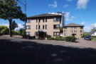 2 bed Ground Flat for sale in Crescent Road...