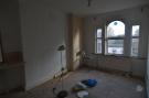 Flat to rent in Upper Richmond Road,
