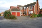 5 bed Detached house in Walkers Close Bottesford...