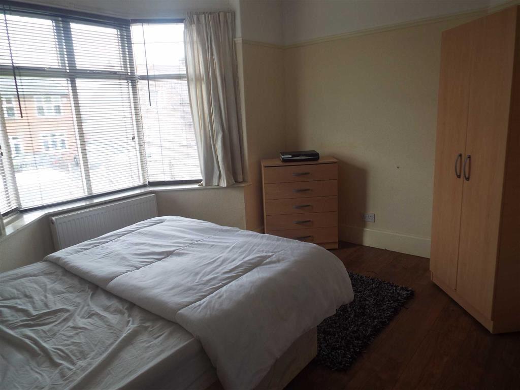 Double Bedroom (Grou