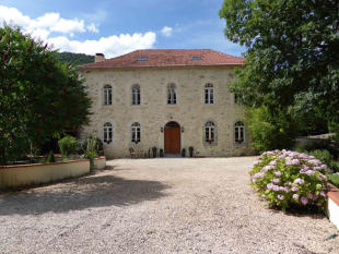 4 bed Character Property for sale in Barbazan, Haute-Garonne...