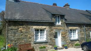 3 bedroom semi detached property for sale in St-Martin-sur-Oust...