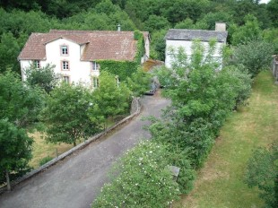 4 bed Detached house for sale in Auvergne, Allier, Doyet